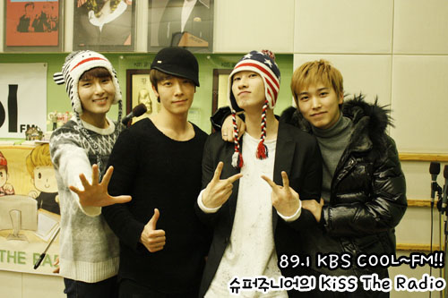 http://shinningsuju.files.wordpress.com/2011/12/1195.jpg