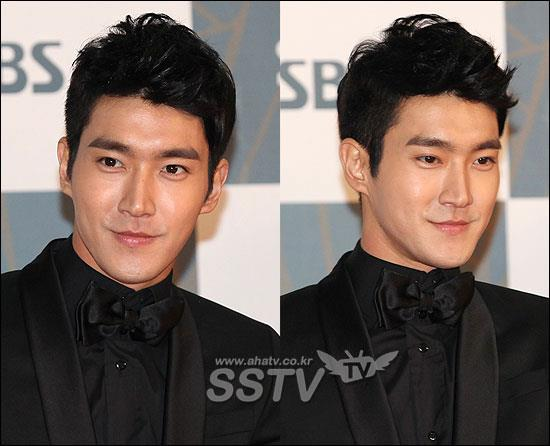 http://shinningsuju.files.wordpress.com/2011/12/716.jpg