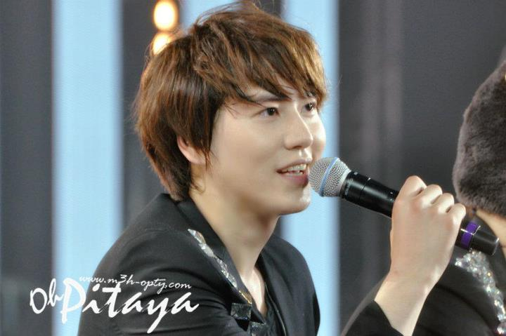 http://shinningsuju.files.wordpress.com/2012/04/376.jpg
