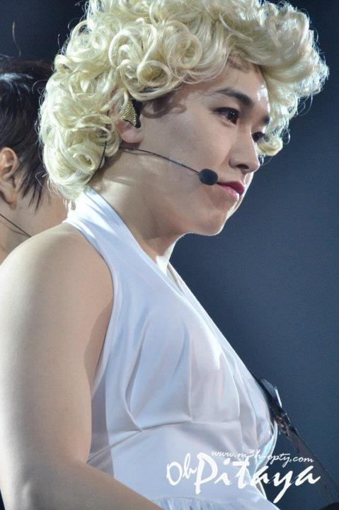 http://shinningsuju.files.wordpress.com/2012/04/467.jpg