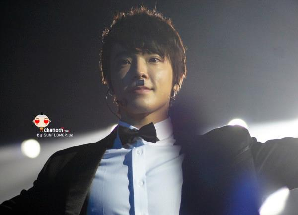 http://shinningsuju.files.wordpress.com/2012/04/542.jpg