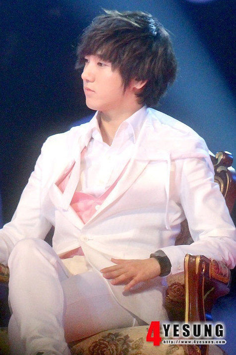 12-Plus-Miracle-Day-Yesung-