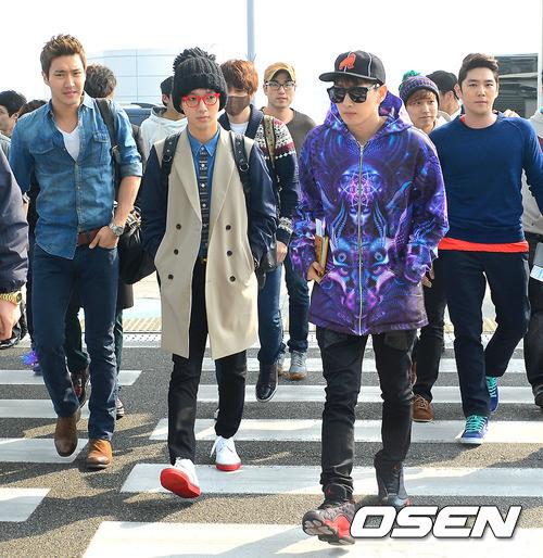 130308-super-junior-at-incheon-airport-to-jakarta-16