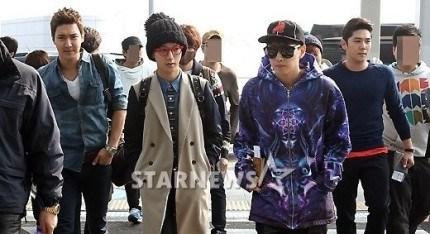 130308-super-junior-at-incheon-airport-to-jakarta-3