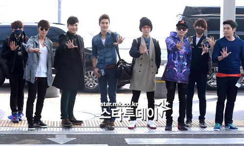 130308-super-junior-at-incheon-airport-to-jakarta-30